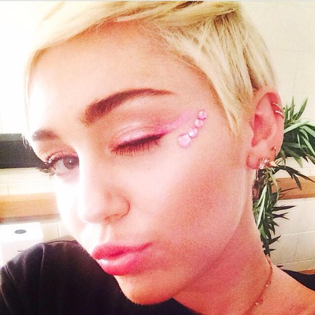 Miley Cyrus Top Posts 16