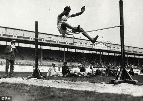 Old Sports 21 - Vintage High Jump Men