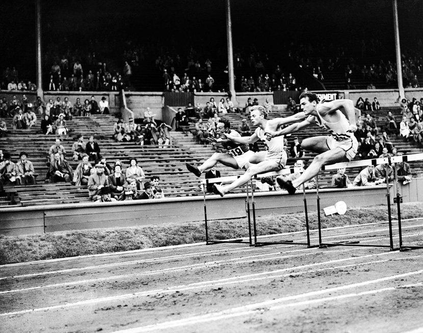 Old Sports 22 - Vintage Hurdles