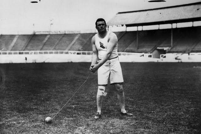 Old Sports 25 - London Olympics 1908 Hammer Throw Winner