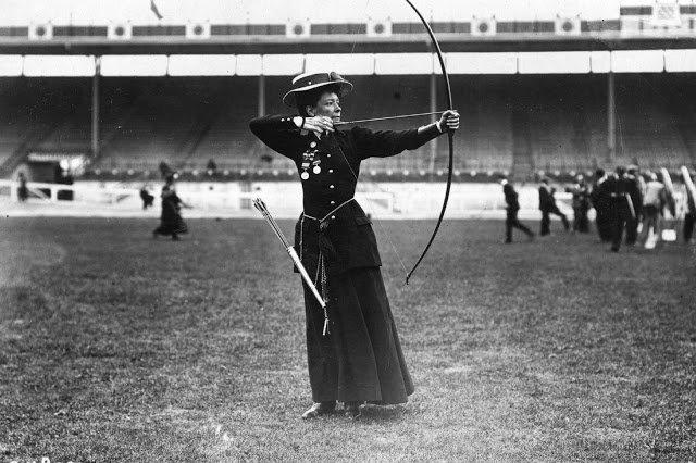 Old Sports 27 - London Olympics 1908 Women Archery