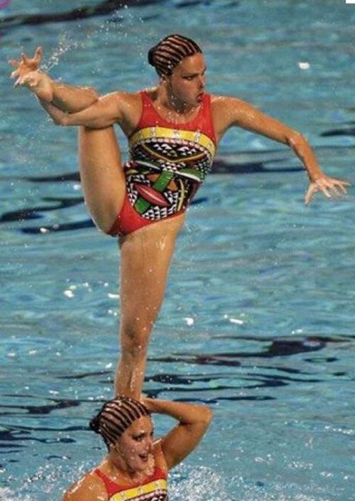 synchronized swimming weird photos 8