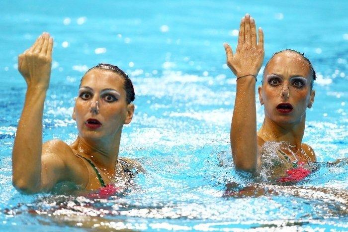 synchronized swimming weird photos 9