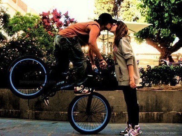 Romantic Kiss for New Year's Eve - Bike