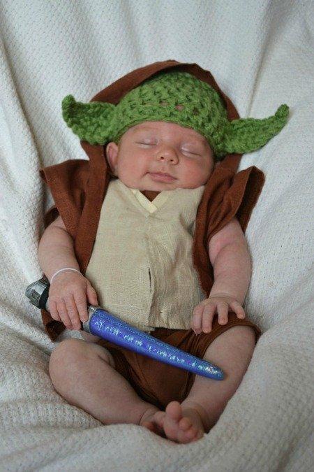 Baby Yoda Costume 20