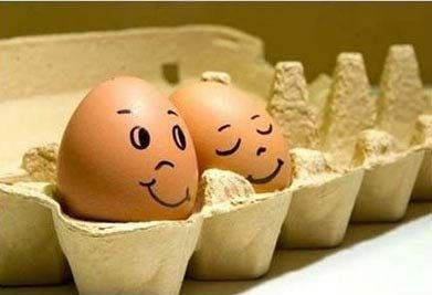 Funny Eggs 10 Couple