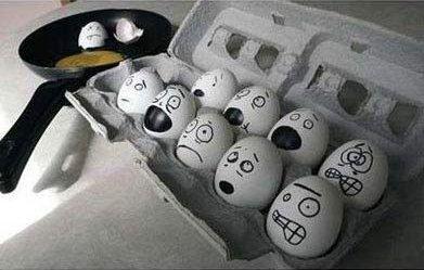 Funny Egg art 11 Scared