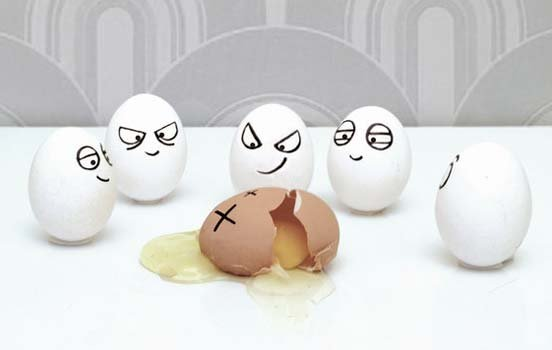 Funny Egg art 14 breaking