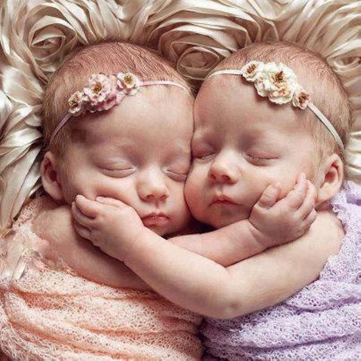 Twin Babies Sleeping - 23 photos which are simply visual ...