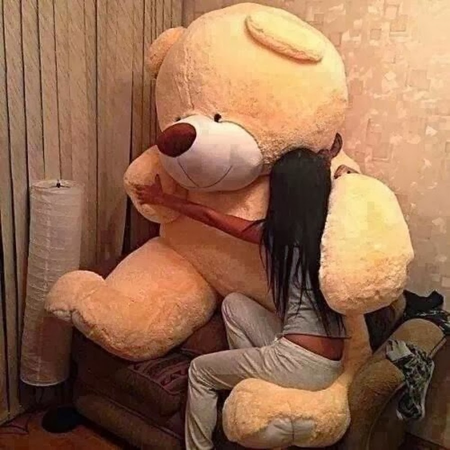 Big Teddy Bear for Valentines Day 2 Hug