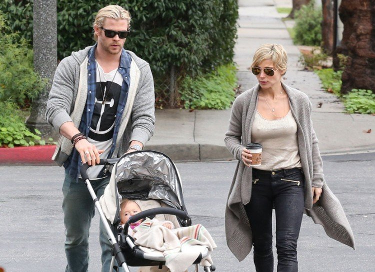 DILF CHRIS HEMSWORTH