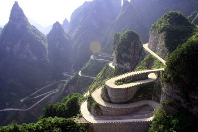 Heaven Linking Avenue, China Dangerous roads