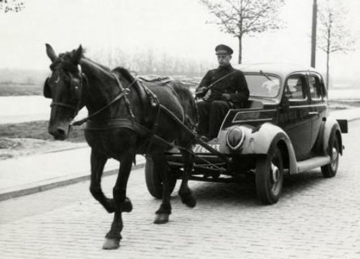 Horse Power Car 5 - Old Times