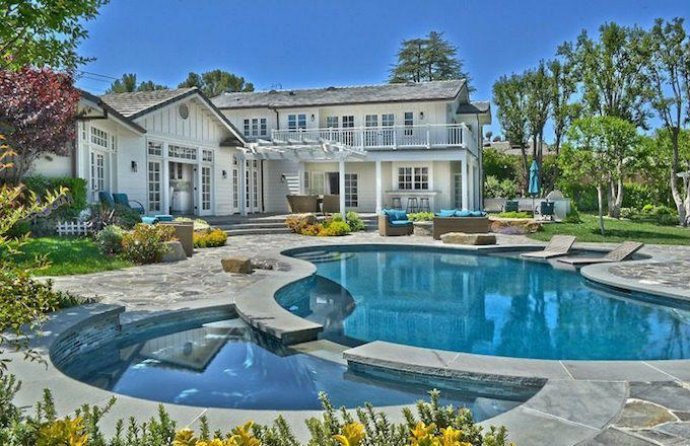 IGGY AZALEA Young Celeb Homes