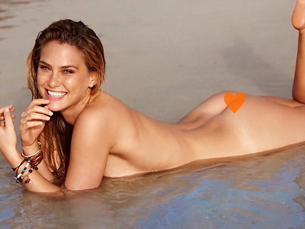 Nude Celebs - Nude Bar Refaeli Beach