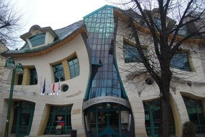 The Crooked House (Sopot, Poland) Amazing Buildings