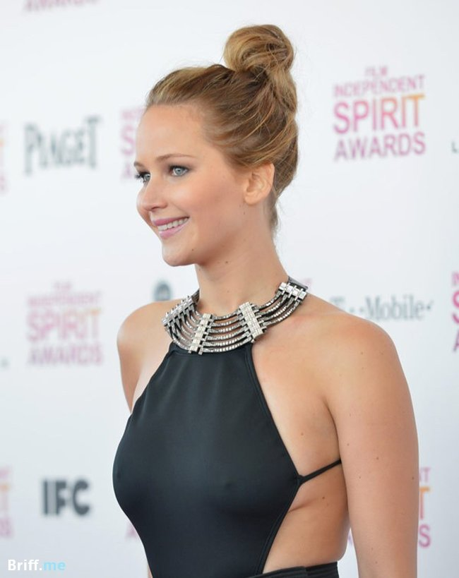 Topless Celebrities 1 - Jennifer Lawrence