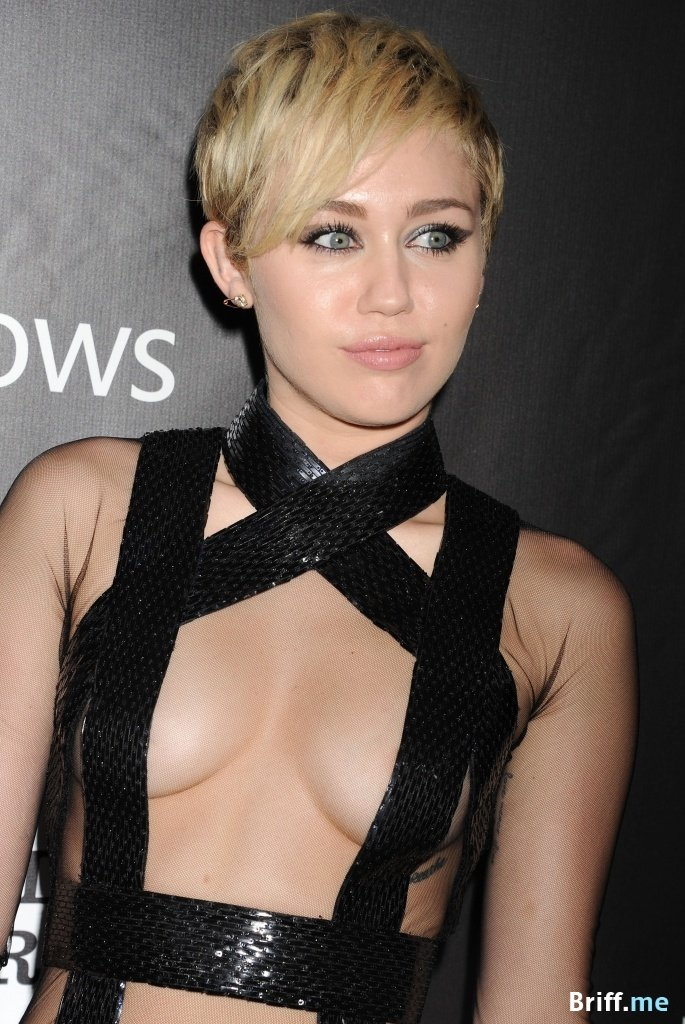 Topless Celebrities 4 - Miley Cyrus