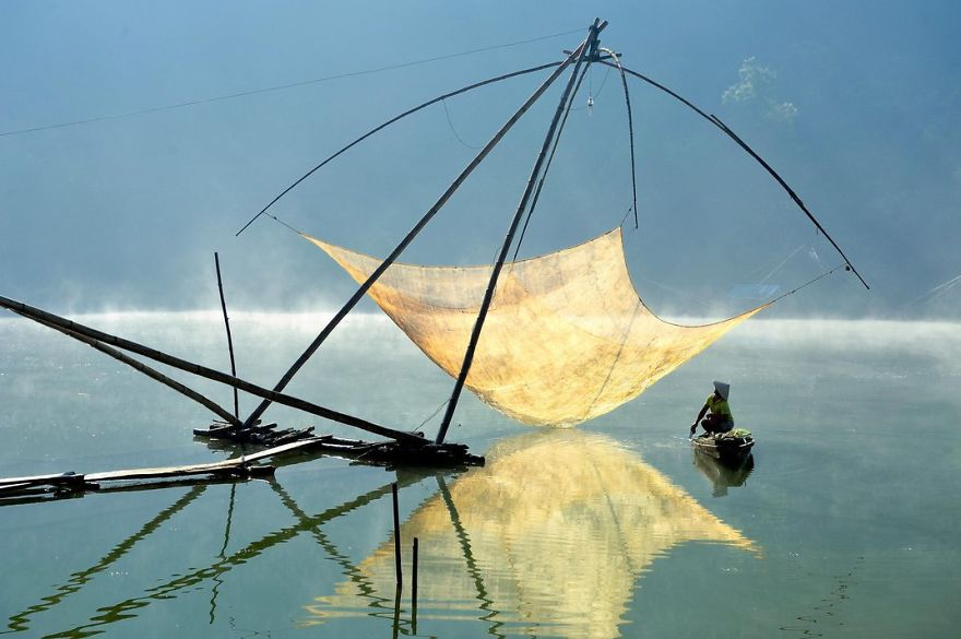 A Fisherman Checks His Net In The Early Morning, Lam Dong, Dalat, Vietnam Photo Contest