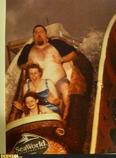 Amusement Park Family Photo Fail