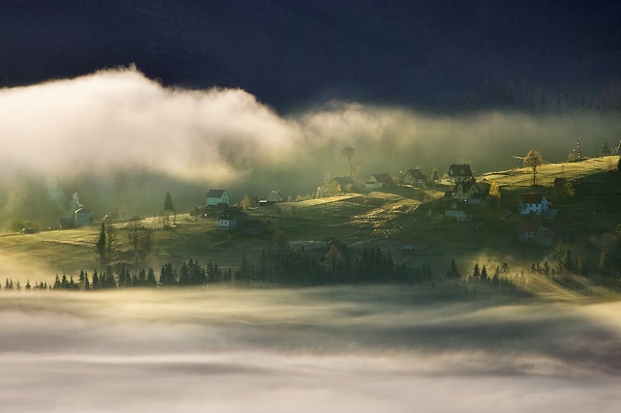 At the dawn Beskidy – Poland Misty Villages