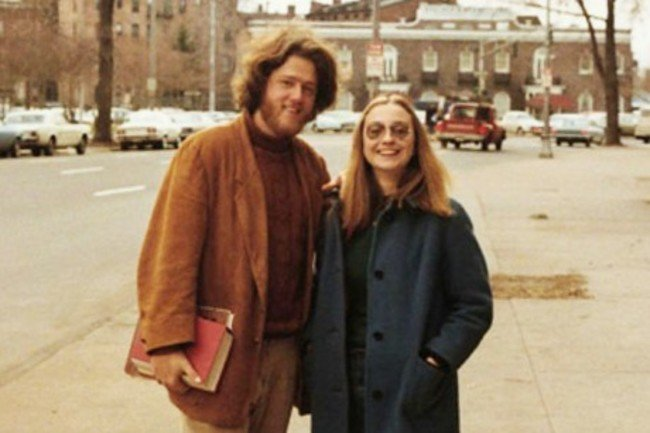 Bill and Hillary Clinton as college sweethearts at Yale. [1970s] Young Celebrity