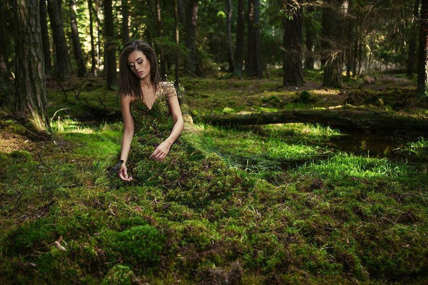 Dryad Zuzana in moss dress we made at location Surreal Portraits