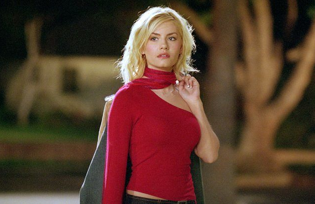 Elisha Cuthbert, Girl Next Door Sexy Scenes