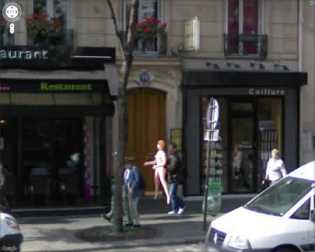 Look now, ladies! Here is a lonely man. Google Street Surprises