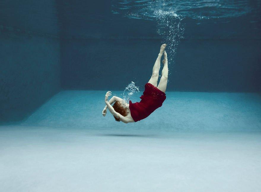 Modern dancer (age 13) Little Underwater Dancers
