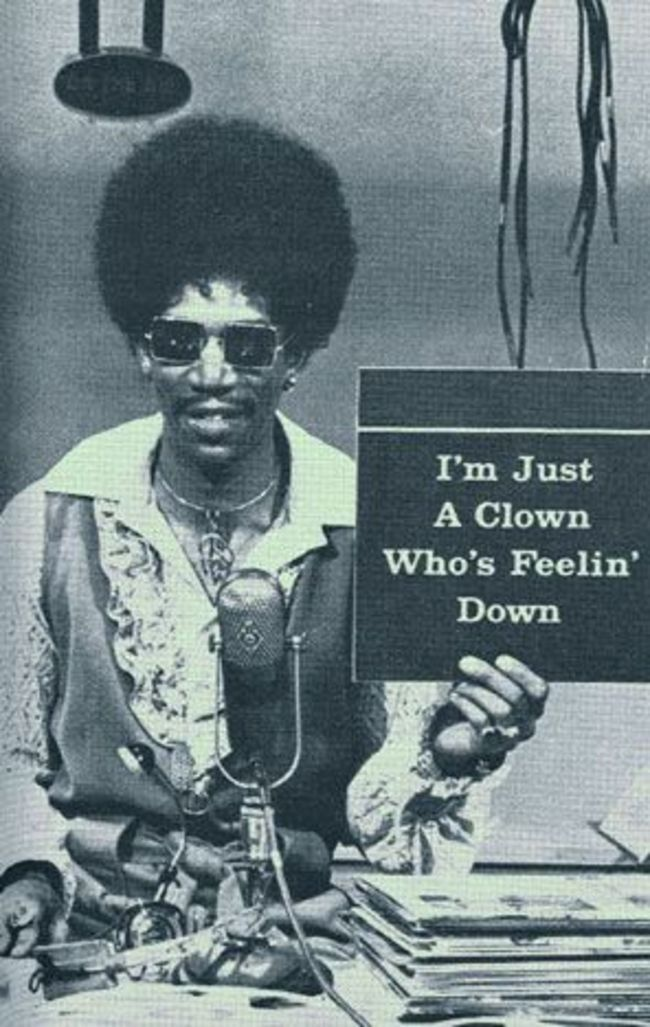 Morgan Freeman sporting an afro in one of his first television roles. [1970s] Young Celebrity