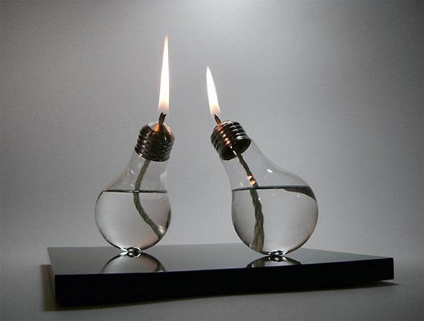 Old Light Bulp Oil Lamps Upcycling