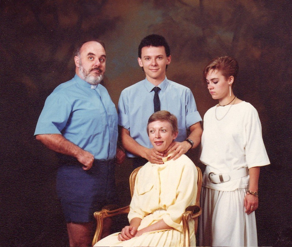 Secret Killer Family Photo Fails