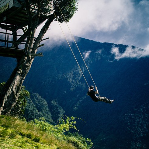 """The swing at the """"End of the World"""" in Baños, Ecuador 2 Unusual Places"""