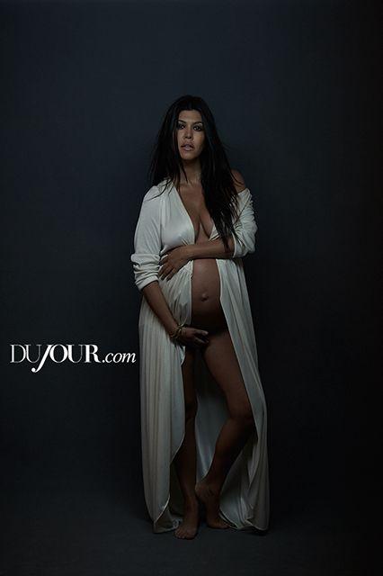 Topless Pregnant Celebrities 2 - Kourtney Kardashian Naked