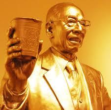 momofuku andos statue Instant Noodles