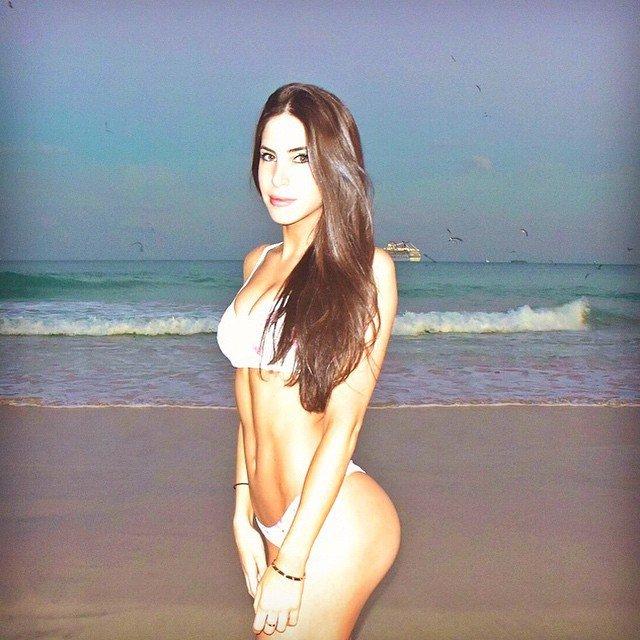 Beautiful girl in Bikini Butt Girl