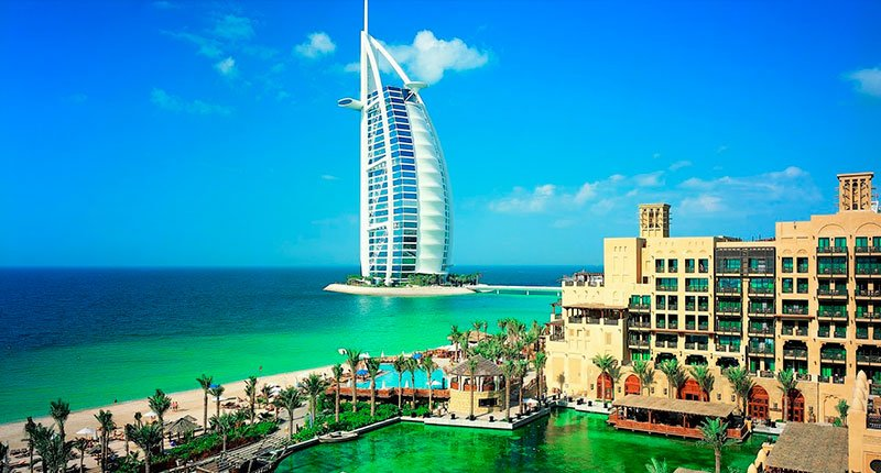 Burj Al Arab, the flagship hotel of the country Crazy Dubai