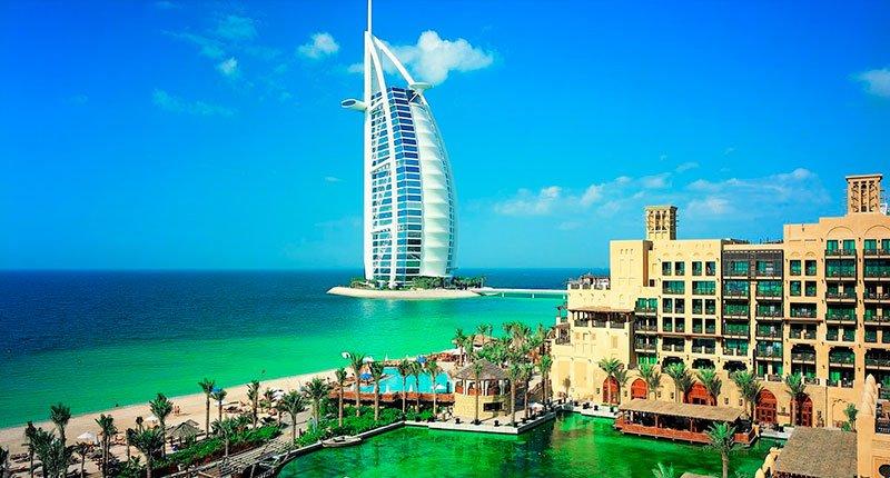 Burj Al Arab, the flagship hotel of the country Crazy Dubai