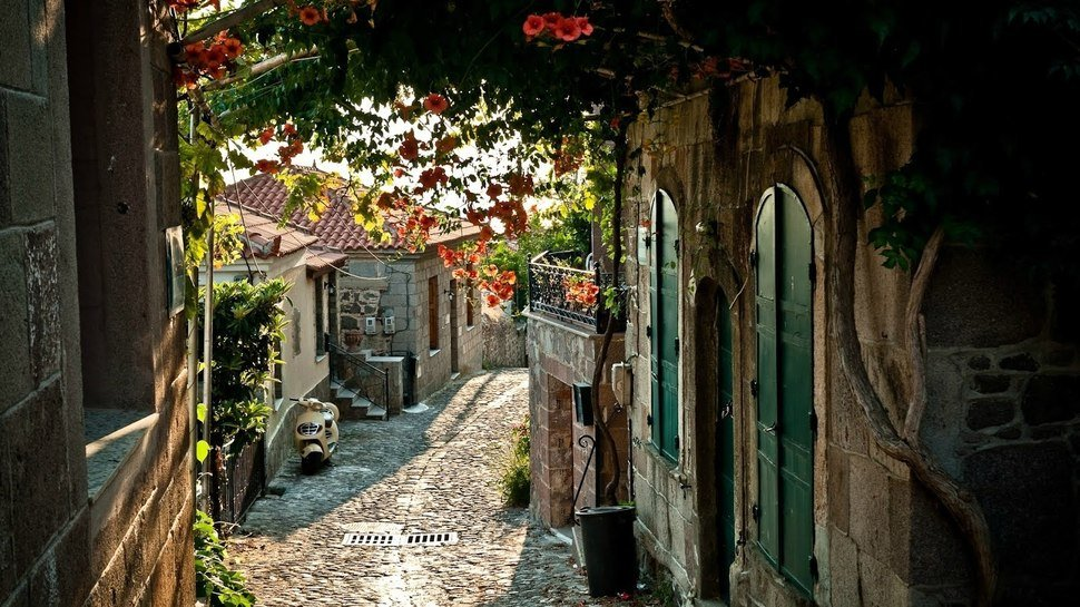 Molyvos Small Towns