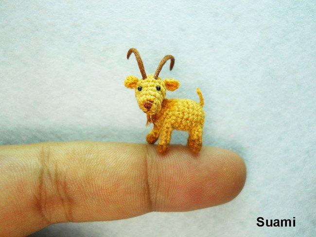 Poker faced Goat Tiny Crochet