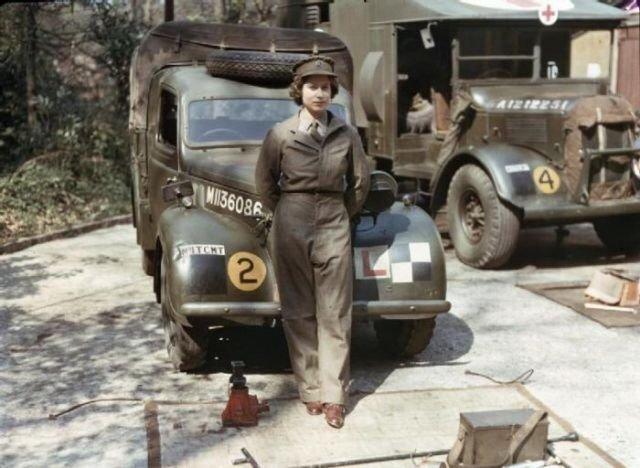Queen Elizabeth Rare Photo