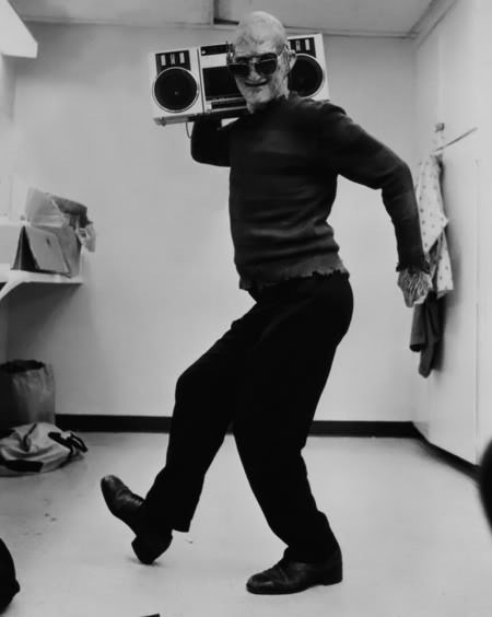 Robert Englund on set of Nightmare on elm street Rare Photos