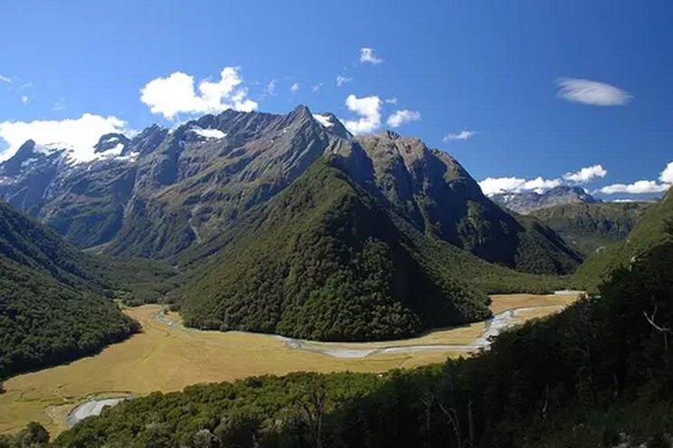 Routeburn Track, New Zealand Best Treks