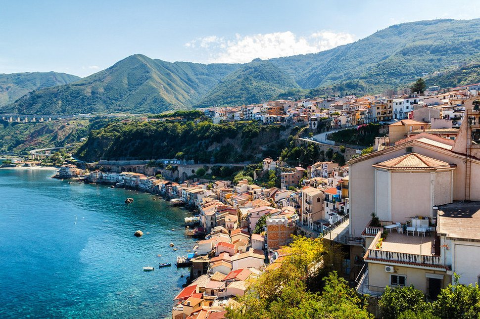 Scilla Small Towns