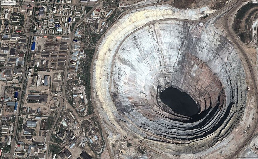 The world's biggest diamond mine (Mir mine, Russia) Overpopulation