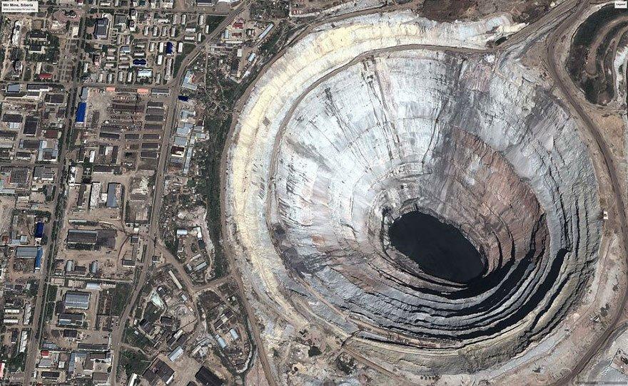 The world's biggest diamond mine (Mir mine, Russia) Overpopulation
