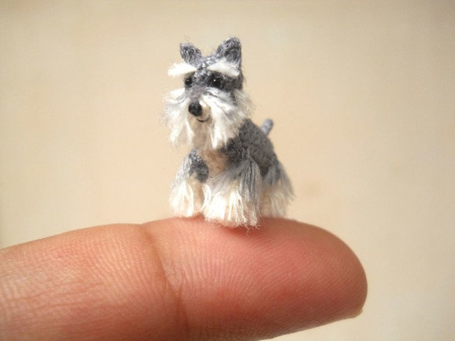 This Dog Knows Everything Tiny Crochets