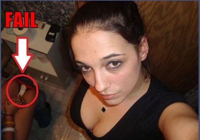 Toilet Selfie Fails Dumb Girls