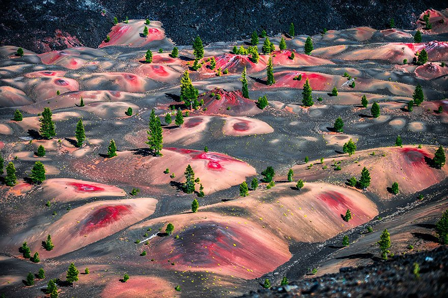 Painted Dunes, Lassen Volcanic National Park, Usa Mysterious Places